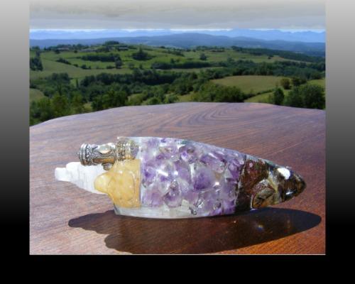 inner smile quartz crystal